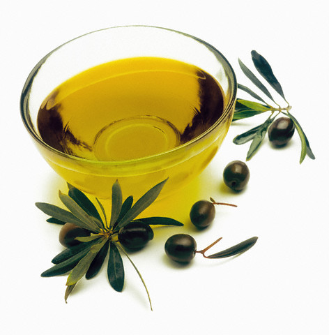 زيت الزيتون لعلاج الشعر الدهني