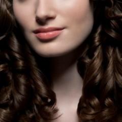 أقنعة طبيعيّة تمنح شعرك اللمعان والحيوية في العيد