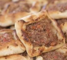 بالفيديو صفيحة اللحم من مطبخ منال العالم