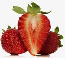 تعرفي على فوائد الفراولة لجمال بشرتك