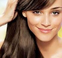 طريقة تسريحة لتقصير الشعر الطويل