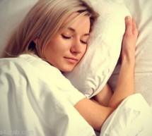 النوم أقل من 5 ساعات يؤدي إلى البدانة