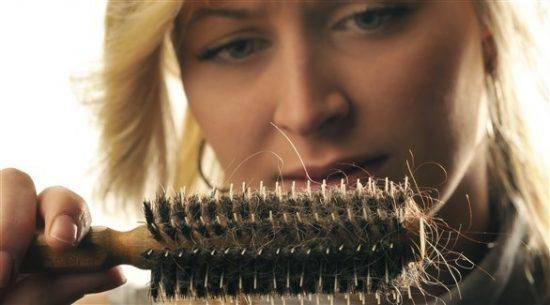 أسباب تساقط شعرك في الشتاء